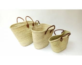 Basket straw bag Handmade with leather handles - french market bag, Summer carrycot bag, palm tree leaves bag, straw bag, french basket
