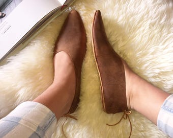 Rilee Shoes ~ Women's minimal modern pointy toe brown distressed leather flats 6-12