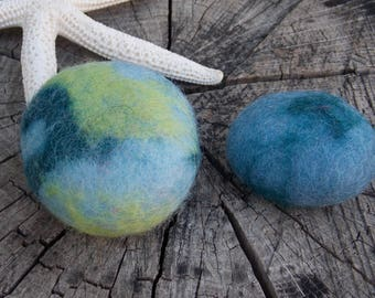 Duo blue felted pebbles