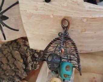 Wire weave skull hanger
