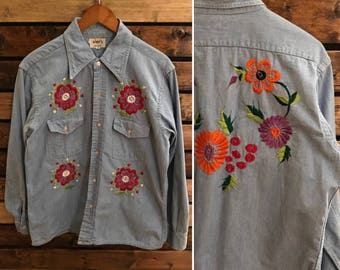 Vintage 70's hand embroidered chambray button up