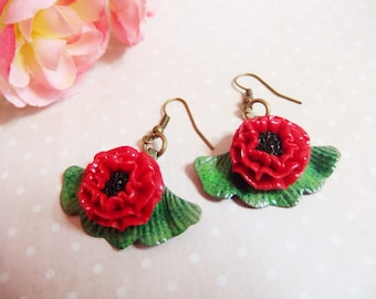 Made of polymer clay and ginkgo leaf earrings. leaf polymer clay earring