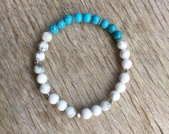 6mm Turquoise & Howlite Gemstone Bracelet