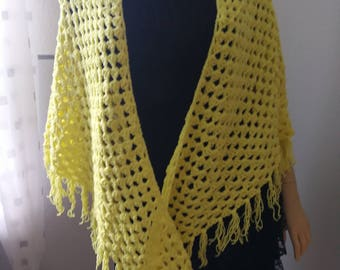 crochet stoles, yellow
