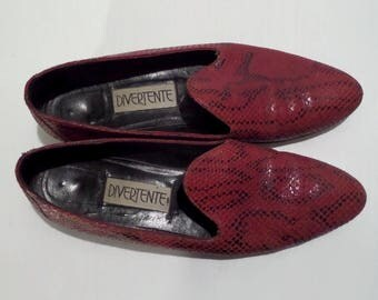 Divertente Red and Black Snake Print Loafers