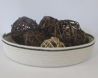 Centerpiece Bowl: Black banded