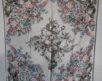 Perry Ellis silk scarf/size 36 X 34