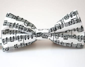 Music bow tie, musical notes bow tie, music teacher bow tie, recital bow tie, music lover bowtie, concert boys bow tie,piano recital bow tie