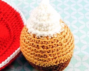 crochet cupcake with cream//cupcake//crochet//doll tea set//dolls tableware