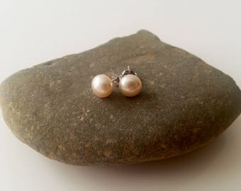 Cultured pearl earrings, pearl stud earrings, freshwater pearl stud earrings, silver ear stud, ivory pearl earrings, minimalist earrings