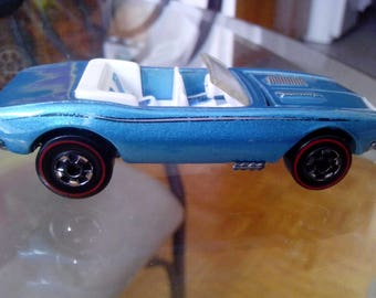 Hot Wheels Vintage 1982 Camaro Redline-5 spoke.