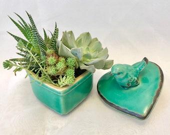 Heart bird succulent planter farmhouse decor/ shabby chic/pot/Live succulent plants arrangement/garden gifts