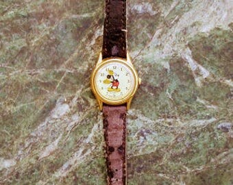 Vintage Mickey Mouse Lorus Gold Watch