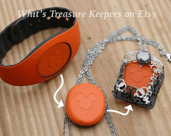 Silver Custom Personalized Treasure Keeper Necklace for Magic Band 2.0