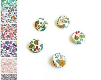 Buttons Liberty Betsy Ann flower fabric
