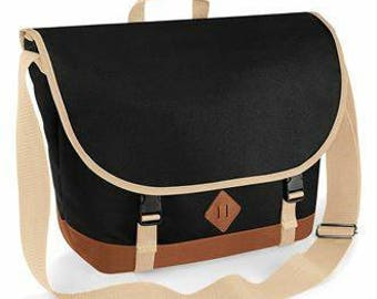 Retro style messenger bag