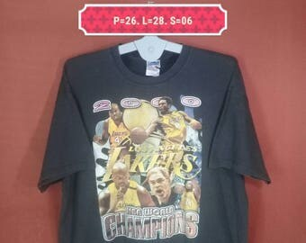 Vintage LA Lakers Tee Gildan Shirt World Champions Printed Shirt Black Colour Size XXL Kobe Bryant Shirt Lakers Shirts NBA Shirts Team Shirt