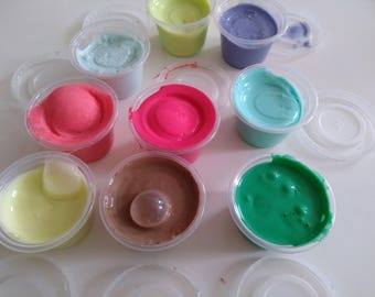 Rainbow jiggly slime pack of 8