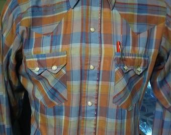 Vintage Dee Cee Shirt/Vintage Western Shirt/ Vintage Dee Cee Western Shirt. Made in the USA!