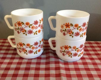 4 Vintage French ARCOPAL 'SCANIA' Design Coffee cups, Arcopal Flower Pattern Large cups, Large Arcopal cups, Milk Glass Mugs