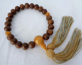 VJ216 : Japanese Juzu Nenju with Tassel Buddhist Prayer Malas wooden Beads,hand made in Japan.