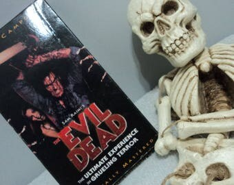 Sam Raimi The Evil Dead Bruce Campbell Vintage Horror Movie VHS Cassette Tape