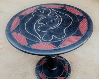 Gye Nyame table