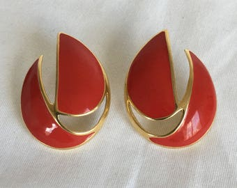 Trifari Sailboat Earrings, Modern, Geometric Earrings, Red Enamel, Gold Tone, Trifari TM, Pierced, Vintage, 1990s