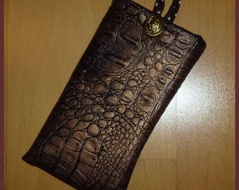 I-Phone alligo leatherette case bronze