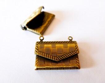 1  connecteur Enveloppe 22*14mm  bronze