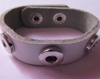 leatherette bracelet for 3 snap 12mm in diameter white
