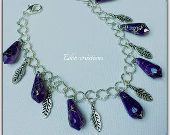 "Bracelet ""charms"" large chain link feathers and purple beads"