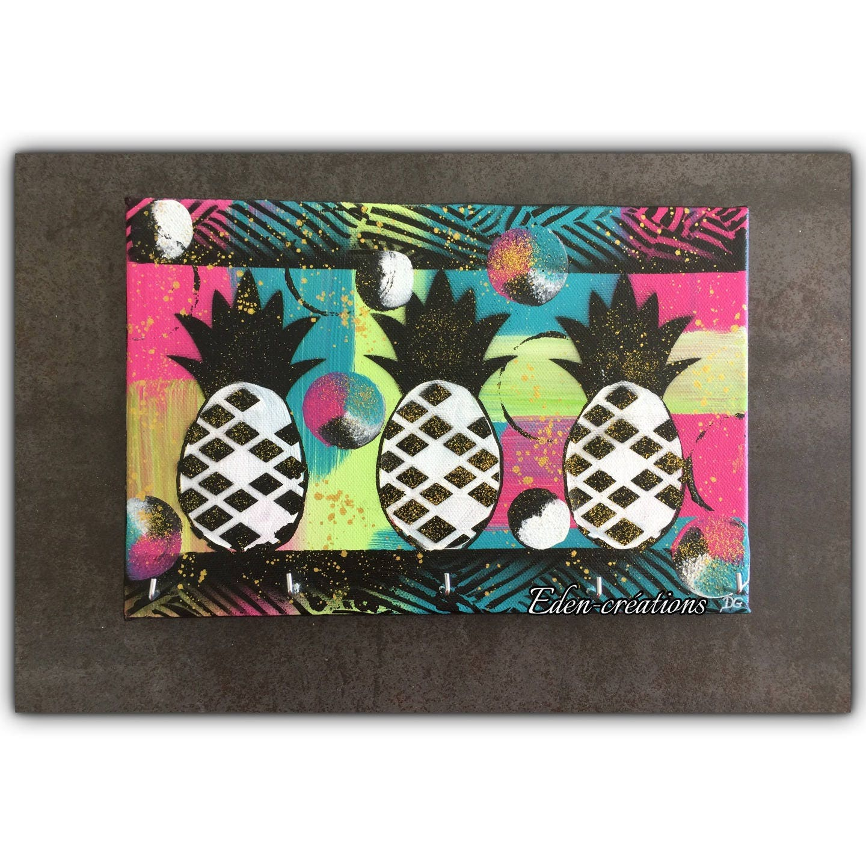 porte cl mural color ananas tableau ananas multicolore. Black Bedroom Furniture Sets. Home Design Ideas