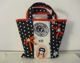 Small bag with handle for girl!