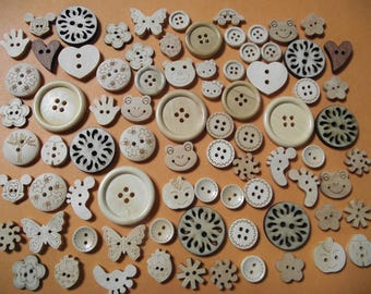 Set / blend of 80 natural wood buttons. 1.2 cm by 3 cm in diameter. Scrapbooking, sewing. (ref No. 10)