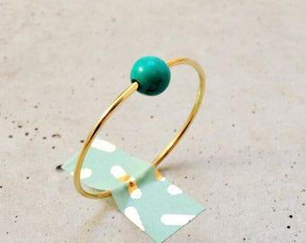 Ring * Contacs * Golden wire brass and gemstone choice: turquoise, white or black