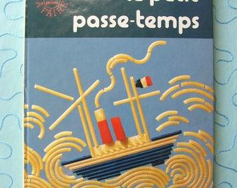 """Vintage kids activities """"Little hobby"""" Noelle Lavaivre Editions Hachette.1976 book."""