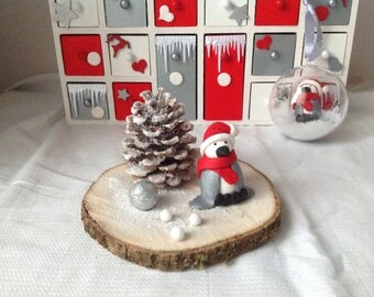 Christmas decoration - Table centerpiece: red, white and silver plated Penguin