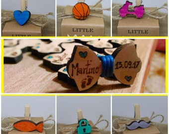 Wooden favors with clip close pack, choice between Papillon, heart, Vespa, fish, padlock, balloons, whisker. Free Engraving