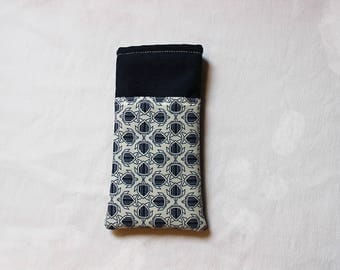 Turtle bezel Navy Blue and white patterned cases