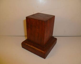 Made with beech and oak schc5 for figurines square wood base
