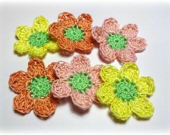 """set of 6 appliques multicolor 4.5 cm (1,57 """") crochet flowers"""