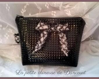 Diamond black leatherette case
