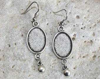 Silver medium oval cabochon earrings