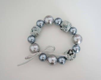 Pretty bracelet of pearls - Japan