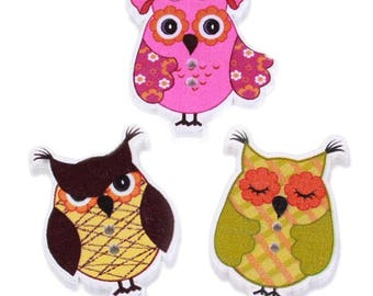 Set of 5 wooden OWL buttons