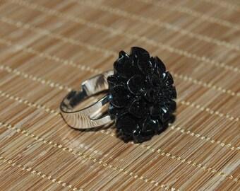 Resin - Black Dahlia flower ring