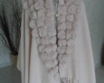 Cape with rabbit fur PomPoms color: light pink