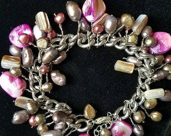 Indonesian Freshwater Pearl bracelet w pink accents