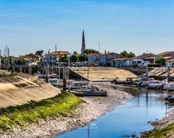 Ars-en-re port - island